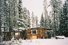 Cabane de trappeur dans le Grand Nord