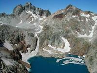 Depuis la Tusse: les Gourgs Blancs, le Gourdon et le lac Glacé
