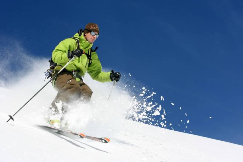 Ski hors-piste dans la Vallée Blanche - Massif du Mont Blanc (74) © RA Tourisme/S. Chappaz