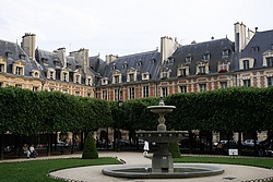 Place des Vosges - Le Marais