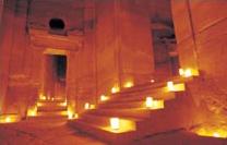 Petra de nuit, éclairée à la bougie…