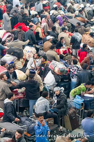 Aéroport de Djerba : Des milliers d'Egyptiens attendent d'embarquer pour le Caire