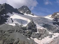 Glacier de Séguret Foran se jetant dans le lac d'Eychauda