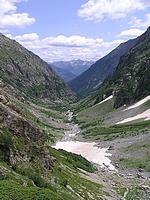 Vallée de Bans qui plonge vers Vallouise