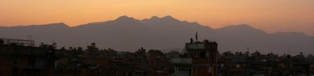 Coucher de soleil sur les collines environnants Patan