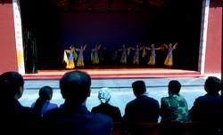 Représentation théâtrale et spectacle de danse à Wenshushan