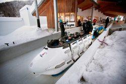 La Plagne : airboard, igloo, bobraft et mur de glace