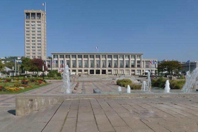 L'hôtel de ville reste l'un des bâtiments emblématiques de l'architecture d'Auguste Perret (Crédit : L. Saliba SMT)