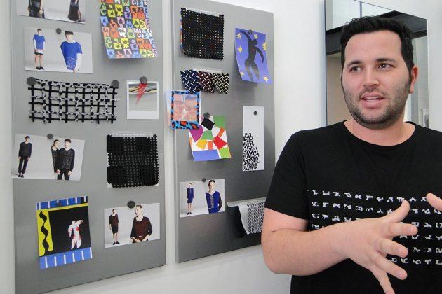 Utilisant beaucoup les nouveaux textiles, Nadav Rosenberg est un jeune couturier très prometteur.
