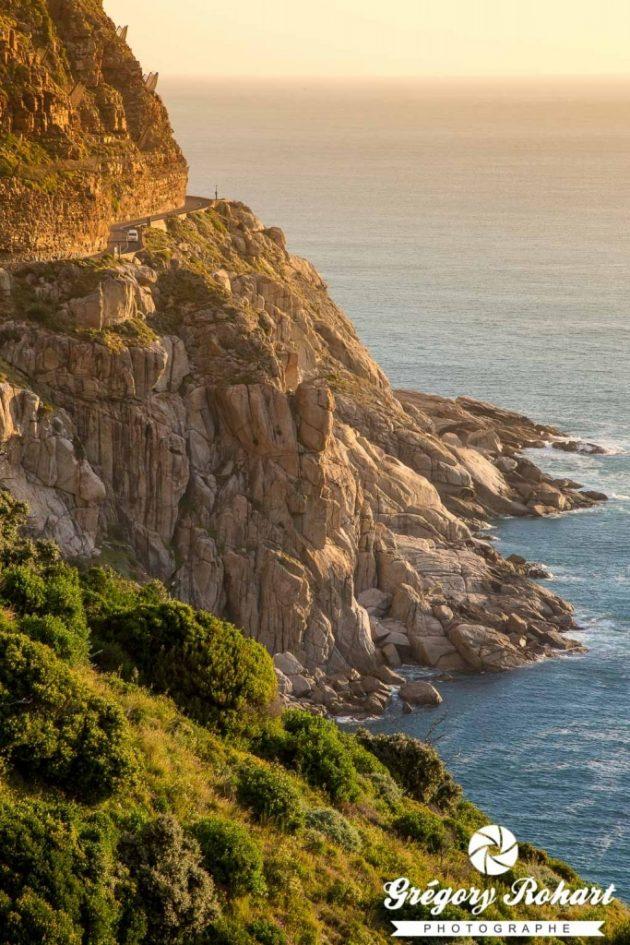 Paysage le long de Chapman's Peak près de Cap Town