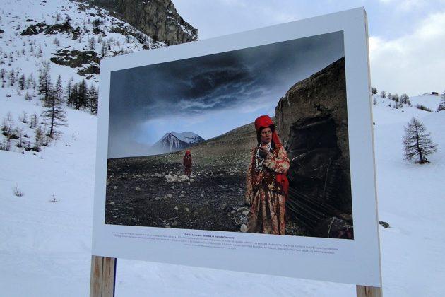 Le « village nomade » présente de passionnantes expositions.