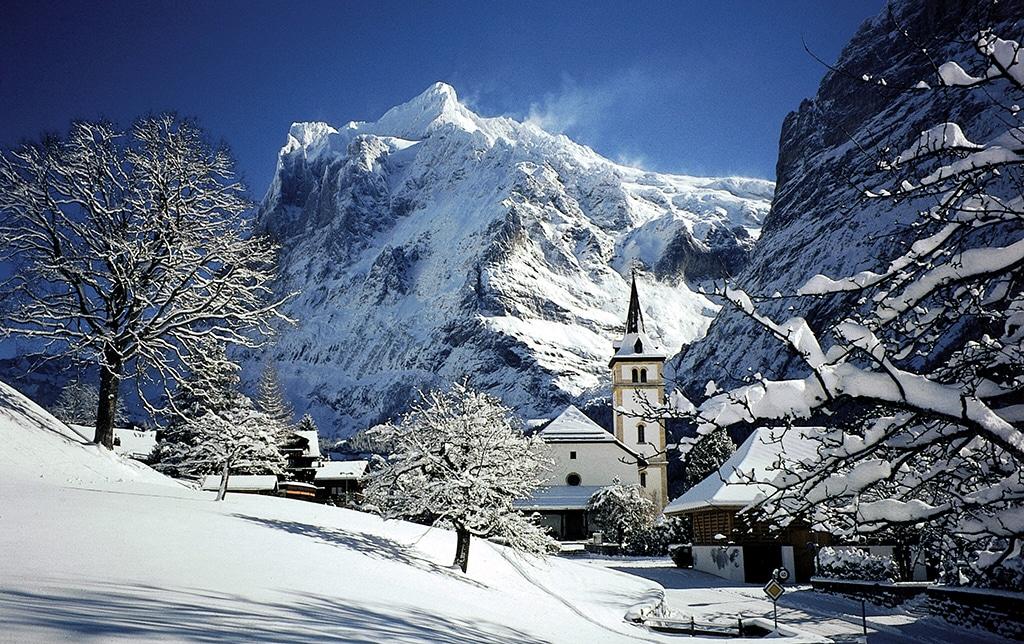 Le village de grindewald a aussi servi de d cor au film star wars pisode iii la revanche des - Office du tourisme wengen ...