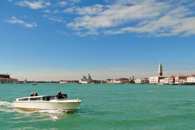 Venise, la romantique, l'une des plus belles villes d'Europe