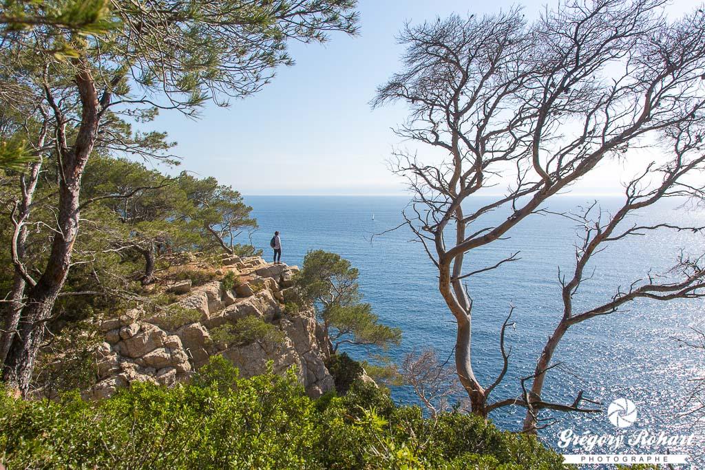Panorama sur la Méditerranée depuis le sentier côtier