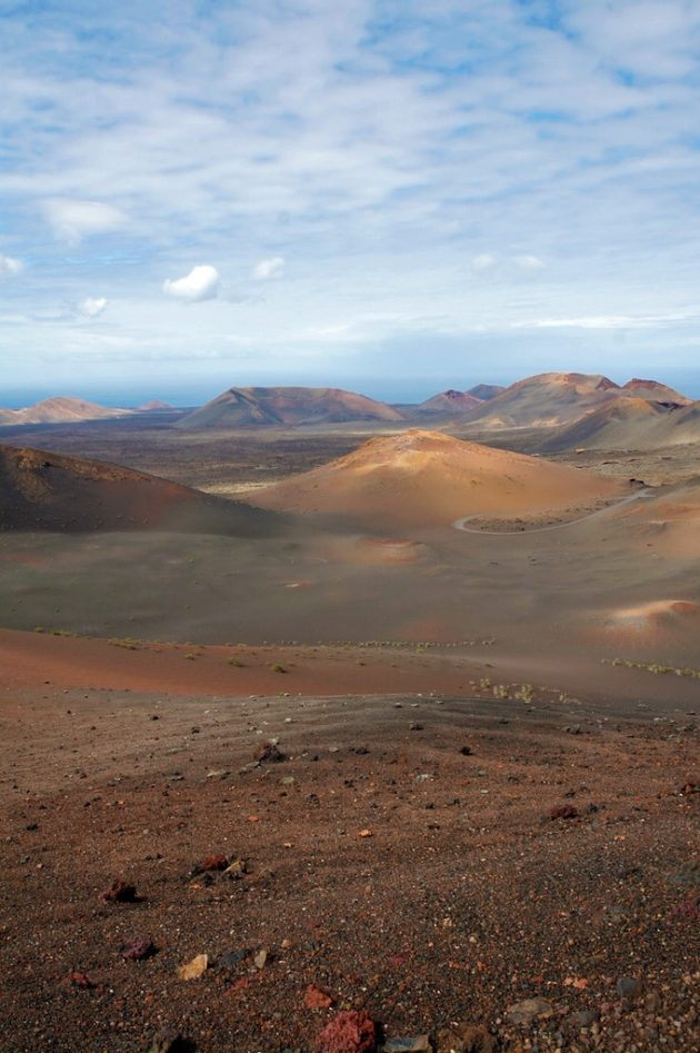 Les champs de volcans témoignent de l'intense chaos géologique qui créa l'île, il y a 23 millions d'années