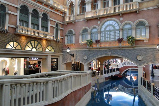 Le Venetian