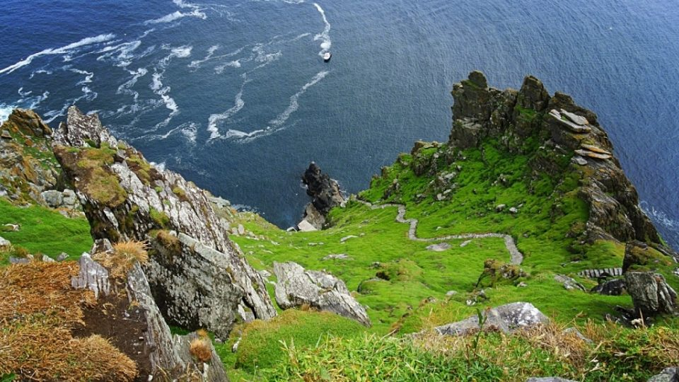 2001_skellig_michael_marches