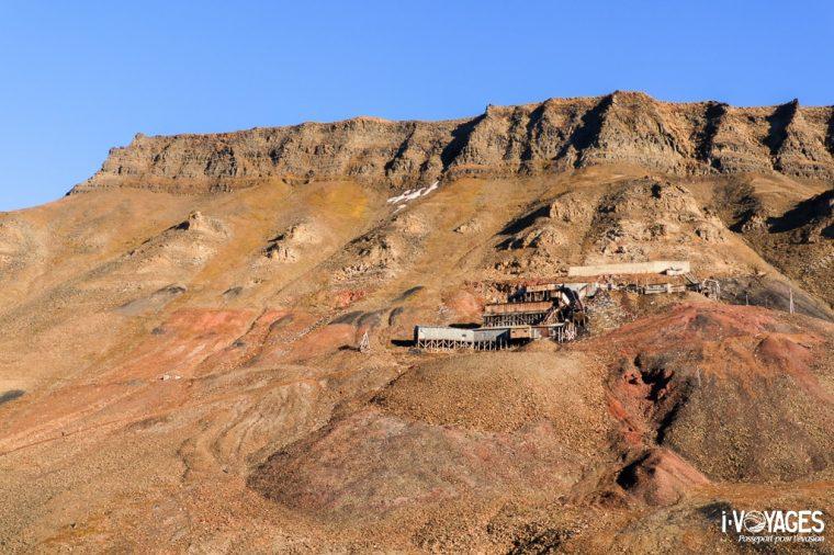 Ancienne mine de charbon à Longyearbyen