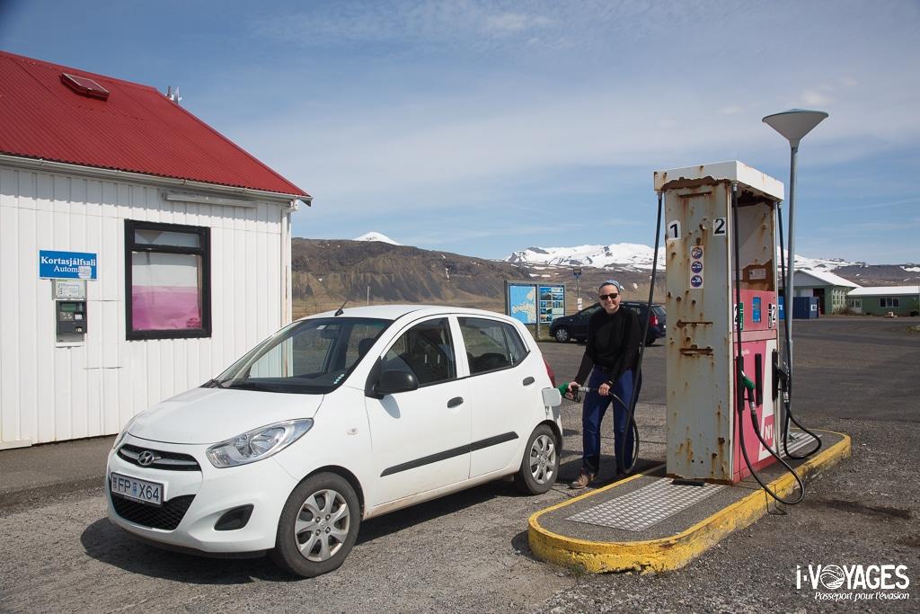 islande : pompe à essence