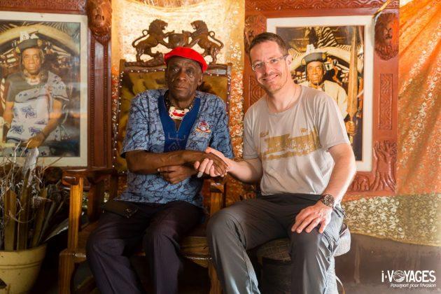 Avec le chef Mukluni