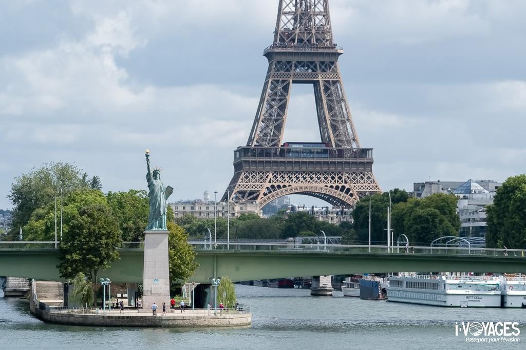 Statue de la liberté pont de Grenelle Paris