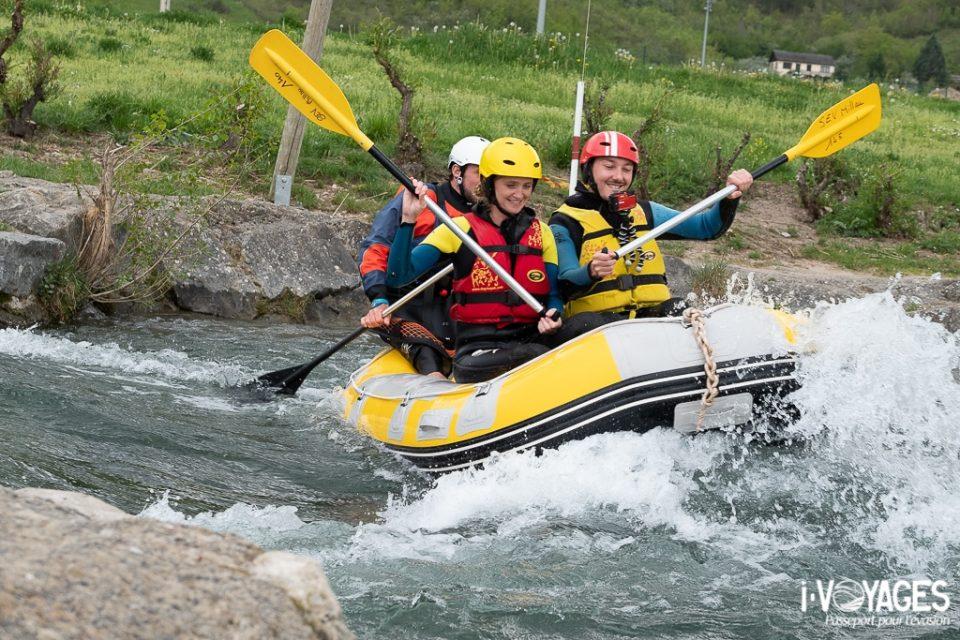 Rafting sur le stade d'eaux-vives de Millau