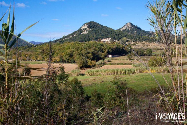 Le Parc Naturel Zone volcanique de la Garrotxa est, sans aucun doute, l'un des espaces naturels protégés les plus importants des pays de Girona. On compare souvent ses paysages à l'Auvergne.