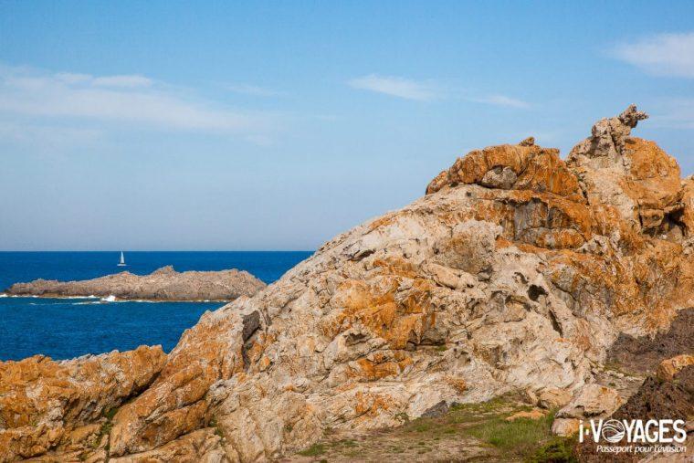 Le Cap de Creus est le point le plus oriental de la Péninsule ibérique. Si c'est un paradis des randonneurs, c'est aussi un lieu très apprécié des plaisanciers.