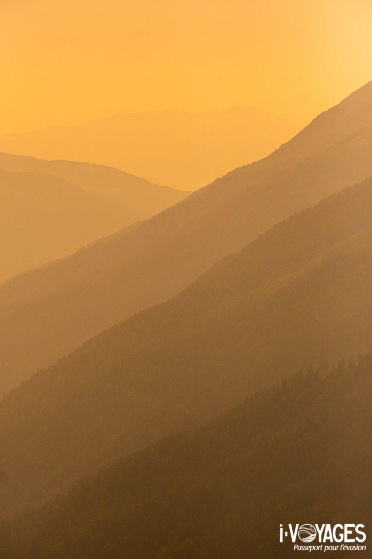 Lever de soleil dans la vallée de St.Anton Am Arlberg