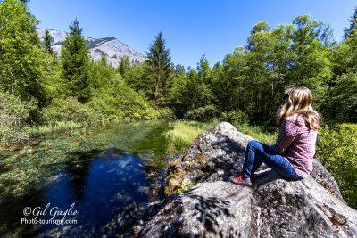 Repos sur rocher de la Voie Verte