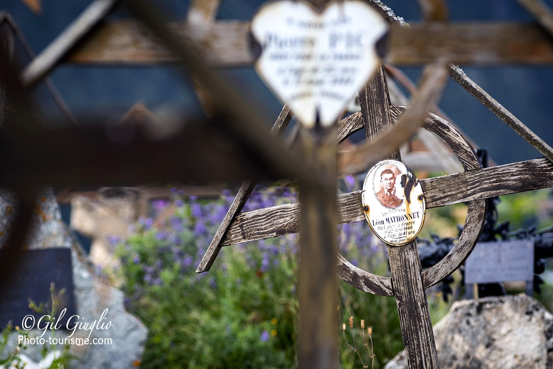 Tombes du cimetière de la Grave