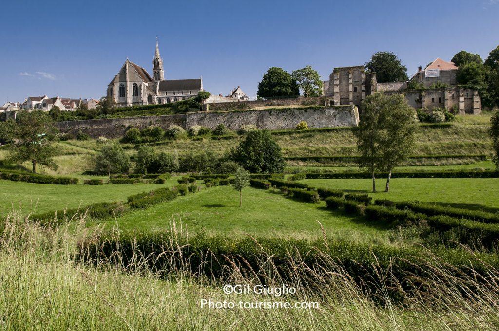 Crépy en Valois, église Saint Denis sur les remparts