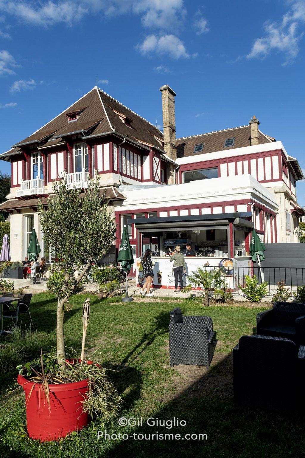 Le Chalet du Lac à Pierrefonds