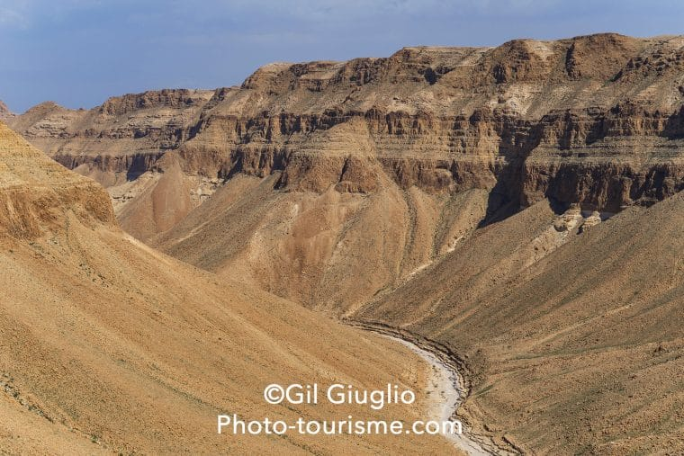 Vue sur le canyon de la réserve d'Ein Gedi,