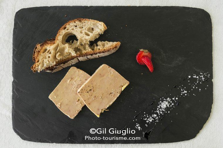 Foie gras et fraise du Lot
