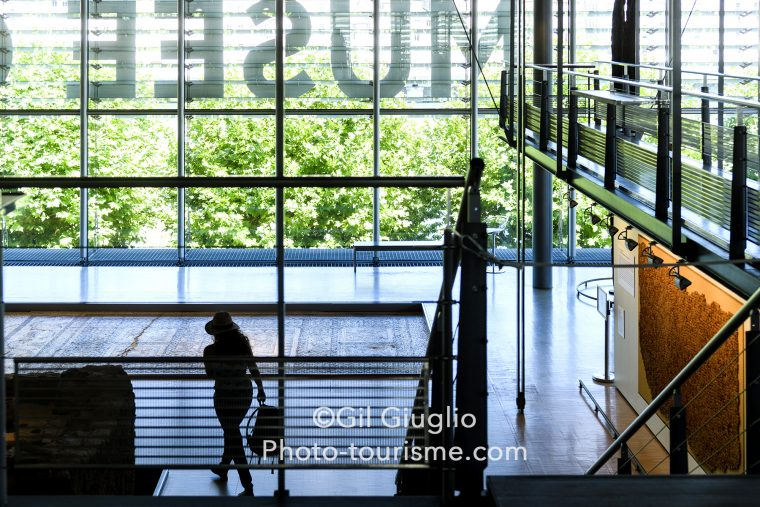 Silhouette dans le Musée Gallo Romain Saint-Romain-en-Gal