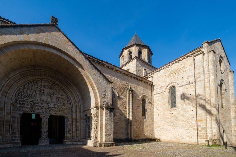 Abbaye Saint-Pierre, Beaulieu-sur-Dordogne