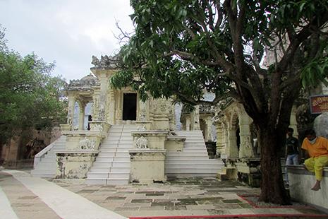 Architecture bouddhiste et jain