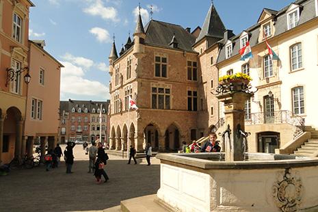 Derrière ses remparts, la petite ville d'Echternach est pittoresque.