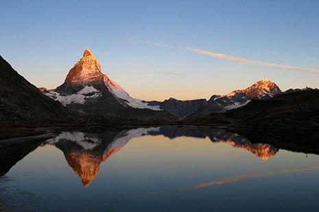 Le Cervin, qui s'appelle aussi le Matterhorn, fascinant à observer © Karl Mueller – OT Zermattt