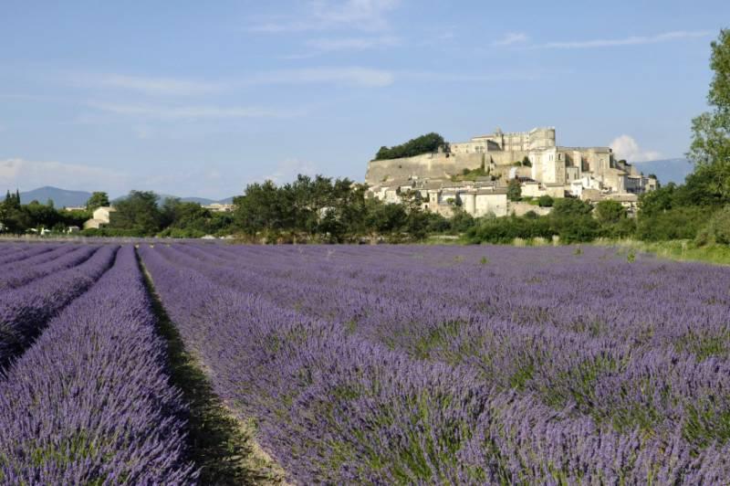 Grignan et son château - Drôme Provençale © RA Tourisme/M. Rougy