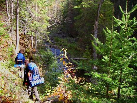 Randonnée en Gaspésie - source de l'image: matapediaaventure.com