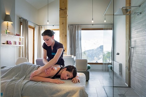 Massage au Deep Nature Spa - © Pierre & Vacances