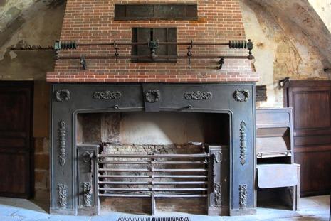 Rotisserie automatisée qui tourne toute seule grâce à la chaleur