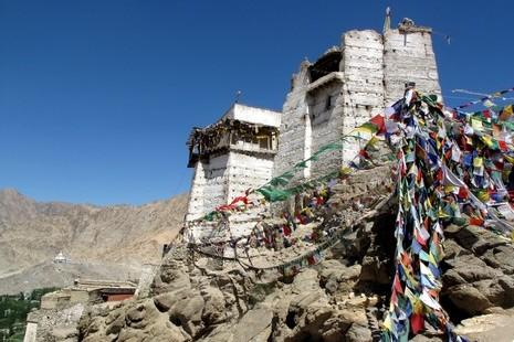 Monastère bouddhiste surplombant Leh