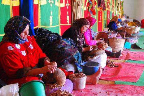 Huile d'argan - coopératve de femmes berbères - © Ziliv- Flickr