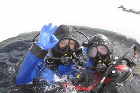 Plongée sous glace  Tignes © Ecole de Plogée sous glace de Tignes