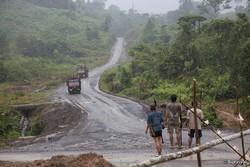 Les Penan luttent depuis des décennies pour empêcher la destruction de leurs terres. © Survival 2009