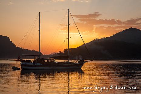 Coucher de soleil dans la baie de Gelime