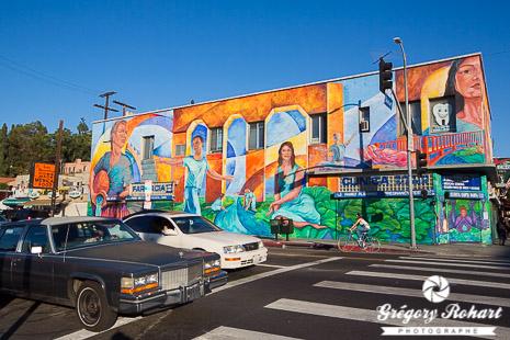 Fresque à l'angle de Sunset Boulevard et Echo Park Avenue